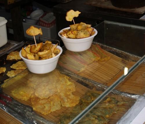 Frites de patates douce et differentes galettes